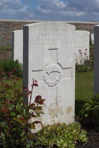 hosie-donald-gravestone